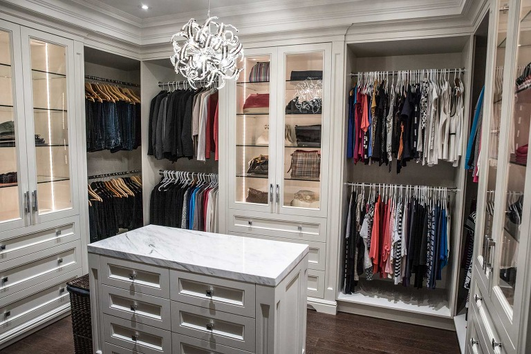 walk in closet photo